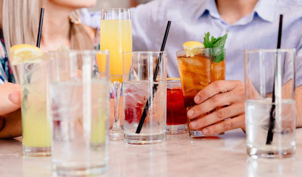 Αυτά είναι τα έξι παχυντικά ροφήματα και ποτά που πρέπει να προσέξετε