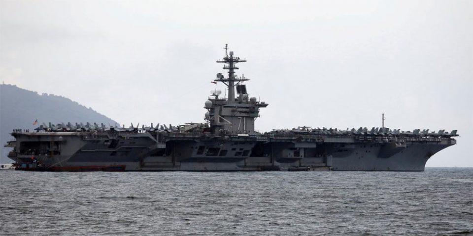 ΗΠΑ: Οριστική η καθαίρεση του πλοιάρχου του αεροπλανοφόρου «Ρούζβελτ»