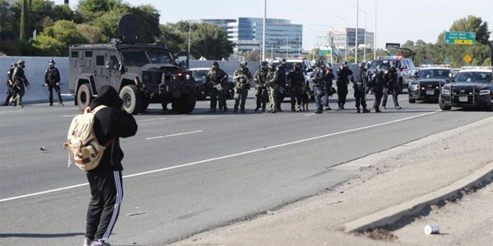 Χάος στις ΗΠΑ: Συνεχίζονται οι διαδηλώσεις για τη δολοφονία του Τζορτζ Φλόιντ - Με στρατό στους δρόμους απειλεί ο Τραμπ