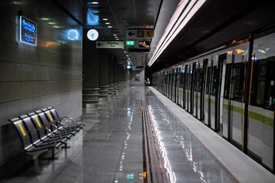 Ταλαιπωρία για το επιβατικό κοινό: Χωρίς μετρό ως τις 10 το πρωί