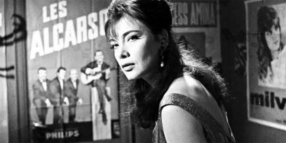 Τζένη Καρέζη: Η ξεχωριστή σταρ του ελληνικού κινηματογράφου σε ένα σπάνιο φωτογραφικό ντοκουμέντο του 1960!