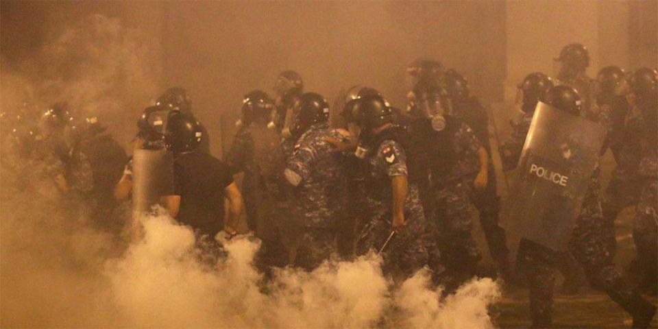Δεν κοπάζει η οργή στον Λίβανο: Παραιτήθηκε η κυβέρνηση - Νέος κύκλος διαδηλώσεων