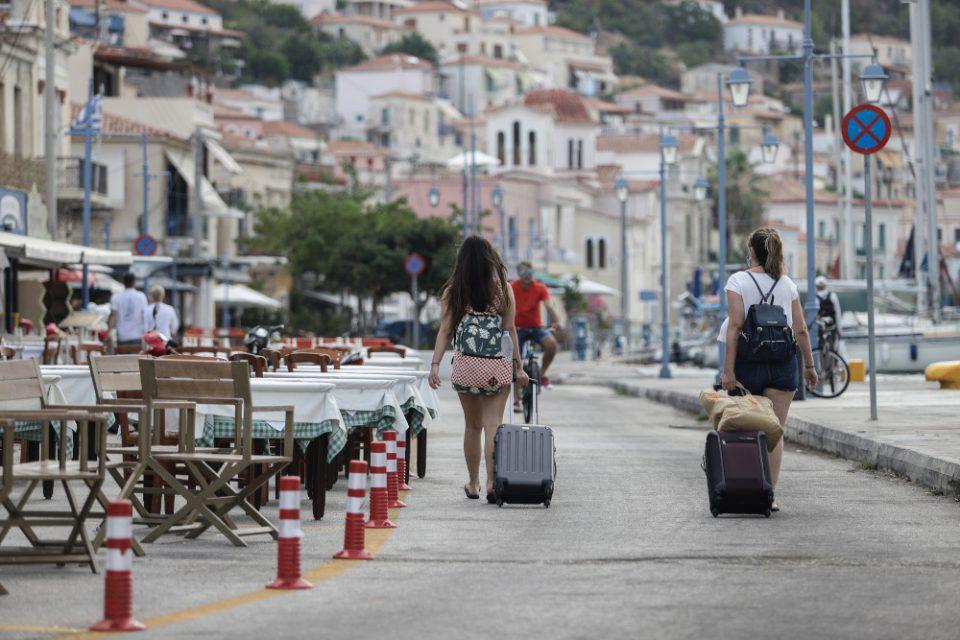 Κορωνοϊός - Χαρδαλιάς: Παράταση 14 ημερών για όλα τα περιοριστικά μέτρα
