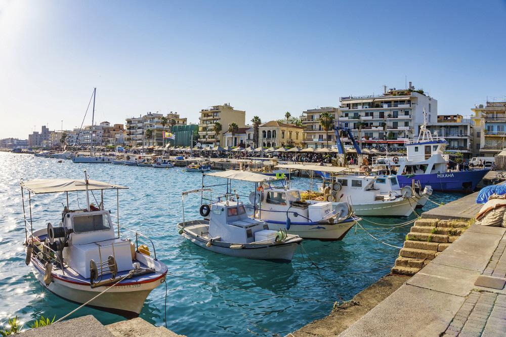Προτάσεις για διακοπές – Καλαμάτα: Η «αρχόντισσα» της Μεσσηνίας 13