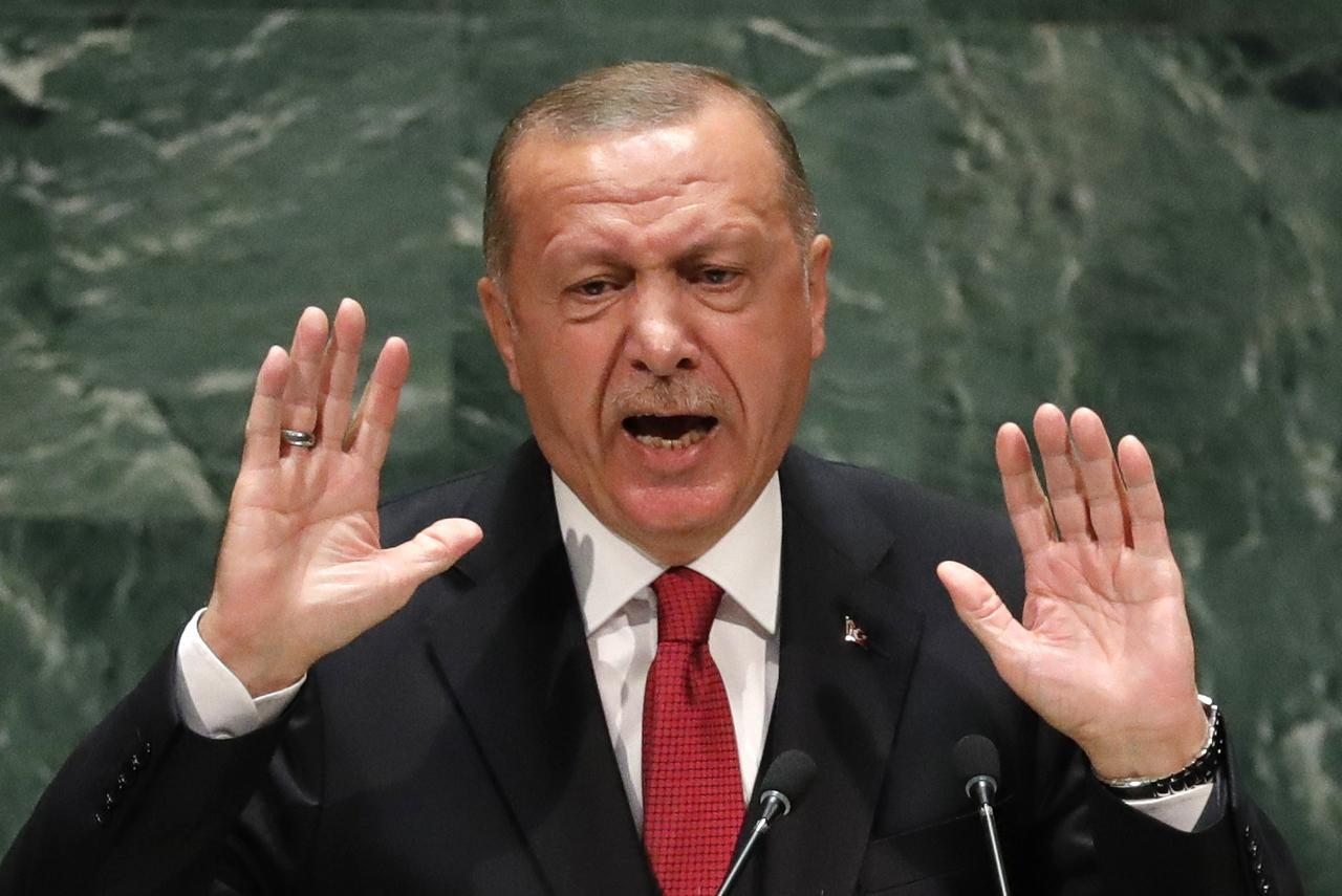Αμετανόητα προκλητικός ο Ερντογάν: Η Ελλάδα πέφτει σε χάος – Θα φταίει για οτιδήποτε συμβεί στην περιοχή
