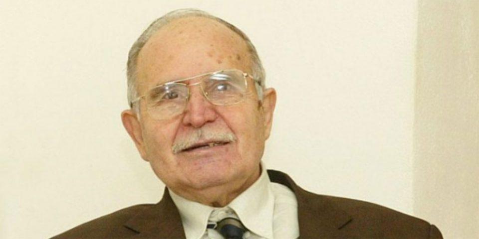 Ντίνος Χριστιανόπουλος: Έζησε 89 «διαγώνια» χρόνια - Ένας χαρισματικός δημιουργός που δεν αγαπούσε τις τιμητικές διακρίσεις