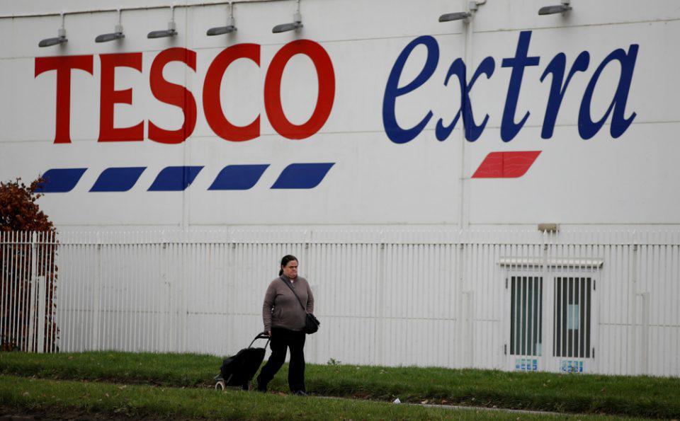 Βρετανία-Κορωνοϊός: Αλυσίδα σούπερ μάρκετ επιβάλλει περιορισμούς στις ποσότητες που αγοράζουν οι καταναλωτές