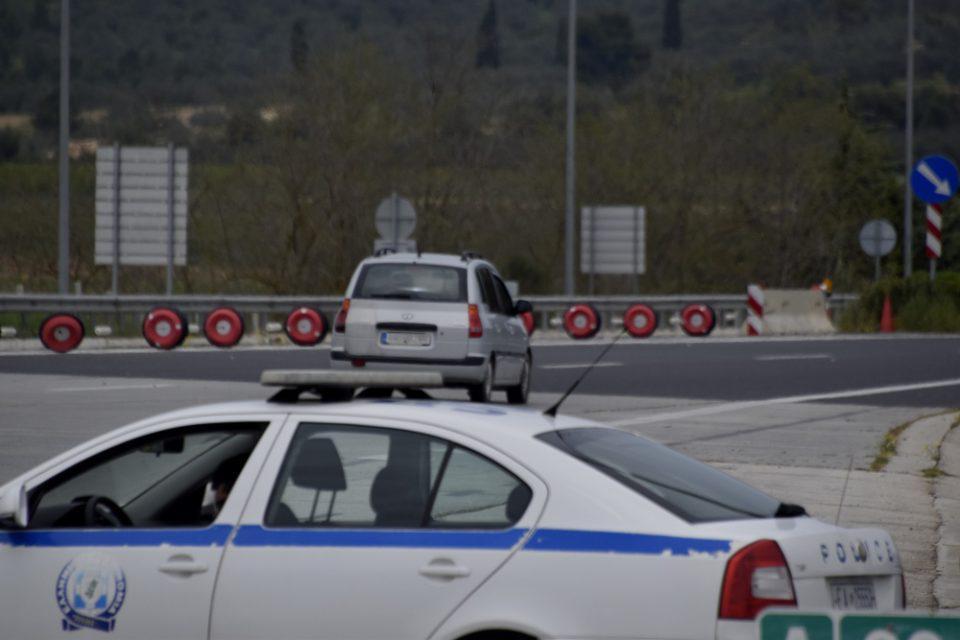 Συναγερμός στην Ε.Ο. Αθηνών Λαμίας – Τυλίχθηκε στις φλόγες φορτηγό