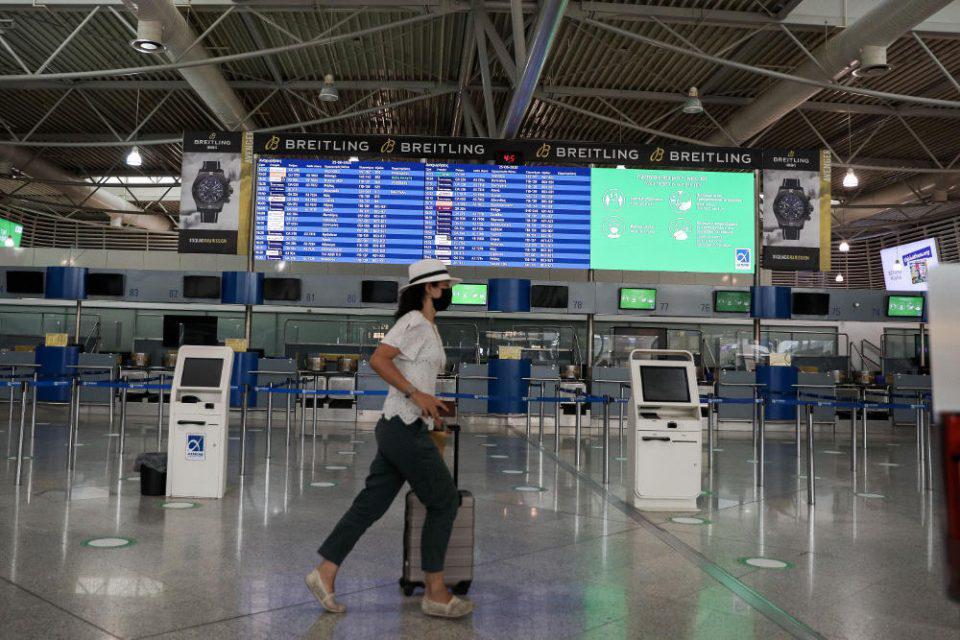 Πώς θα έρχονται οι τουρίστες στην Ελλάδα- Οι νέες ανακοινώσεις Χαρδαλιά