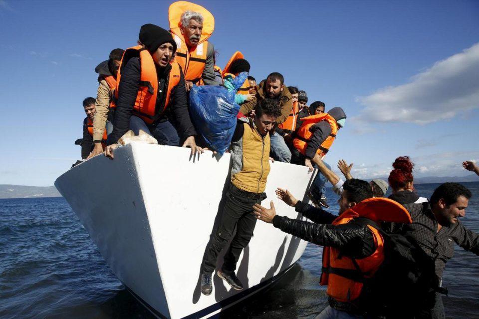 Μεταναστευτικό: Διπλάσιες οι επιστροφές από τις αφίξεις το πρώτο πεντάμηνο του 2021