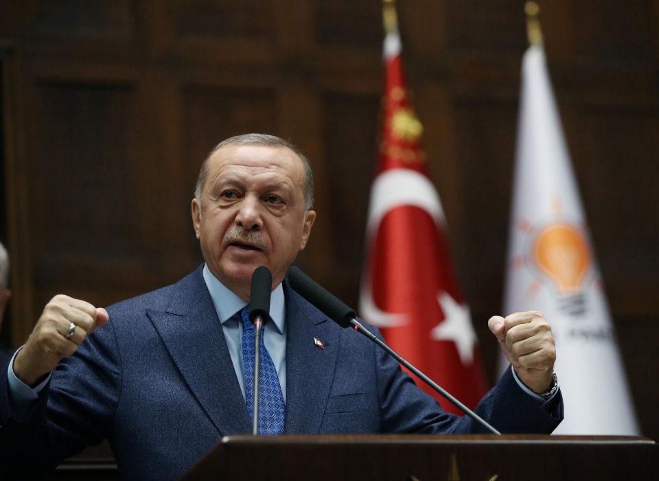 Ερντογάν: Η Δύση θέλει να αρχίσει πάλι τις Σταυροφορίες - Αδιαφορώ για το σιχαμένο Charlie Hebdo