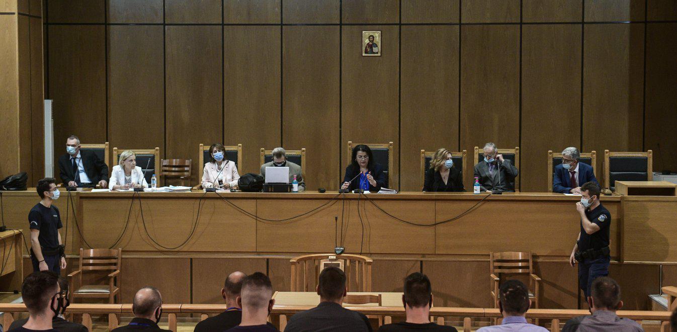 Δίκη Χρυσής Αυγής: Απόρριψη των ελαφρυντικών ζήτησε η εισαγγελέας
