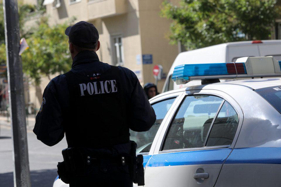 Lockdown: Γλέντι με 50 άτομα στην Αχαΐα – Προσαγωγές και πρόστιμα