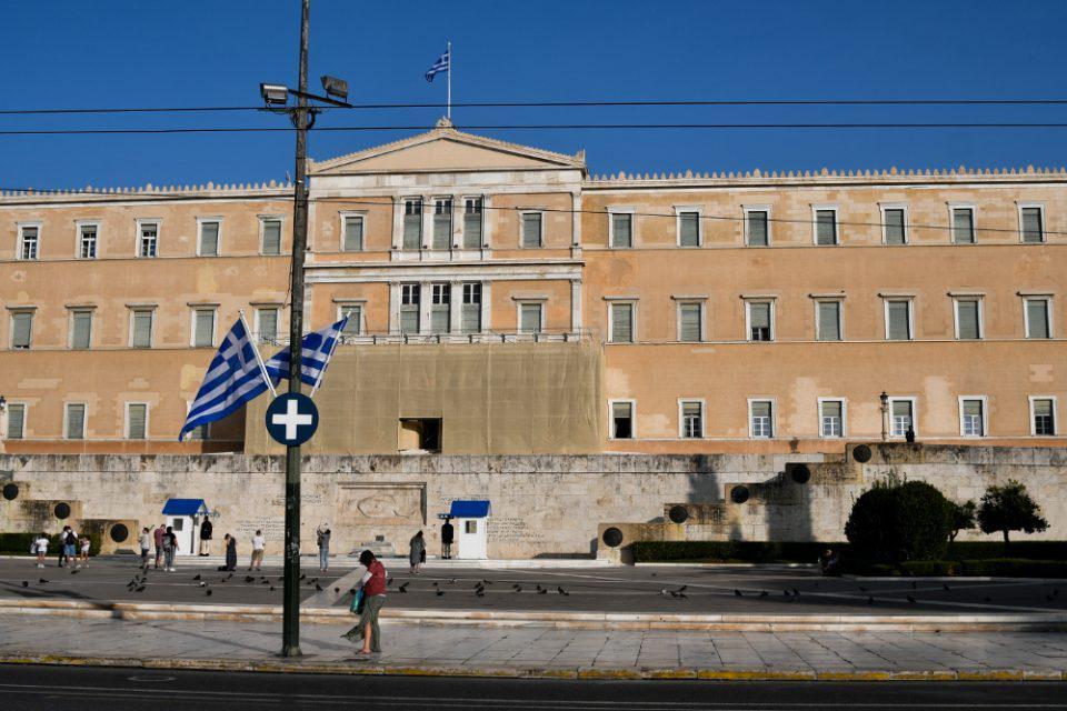Στη Βουλή το νομοσχέδιο για την επέκταση των 12 ναυτικών μιλίων στο Ιόνιο