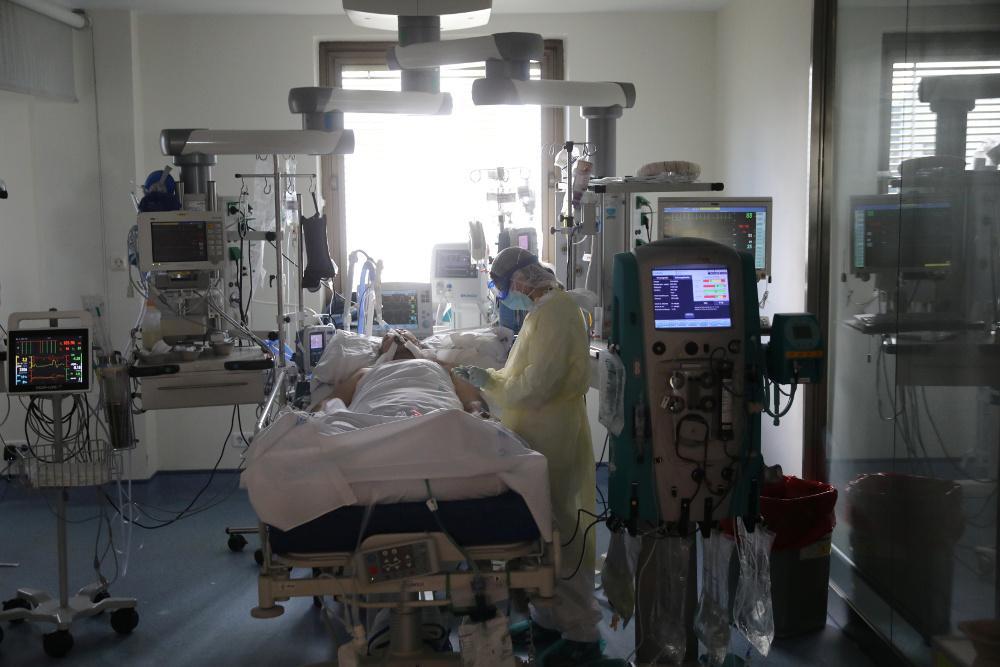 Κορωνοϊός - Διευθυντής κλινικής «Γεννηματάς» στον «Ε.Τ.»: Φοβήθηκα τον θάνατο