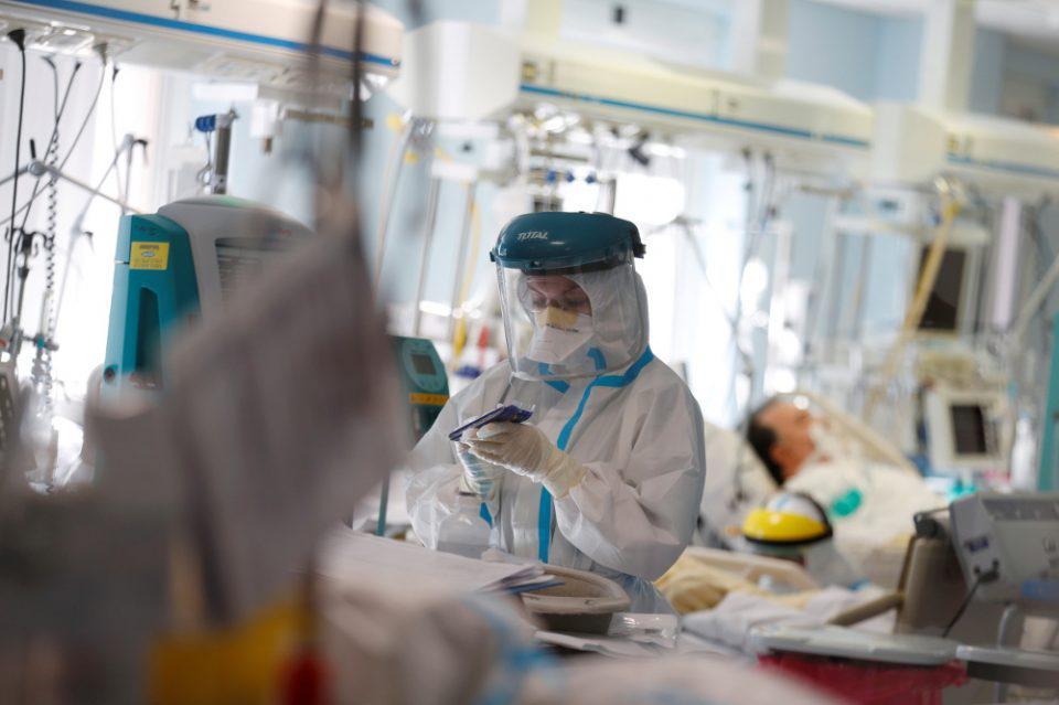 Κορωνοϊός - Βρετανία: 19.875 νέα κρούσματα Covid-19, 341 θάνατοι