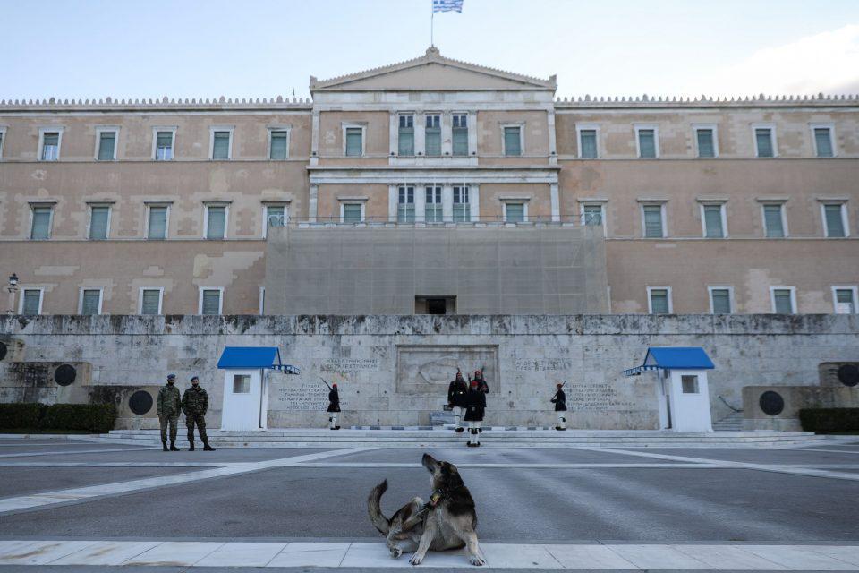 Κορωνοϊός - Βατόπουλος: Υπάρχει πιθανότητα παράτασης του γενικού lockdown