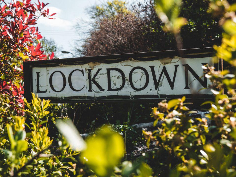 Το lockdown η λέξη της χρονιάς σύμφωνα με το αγγλικό λεξικό Collins