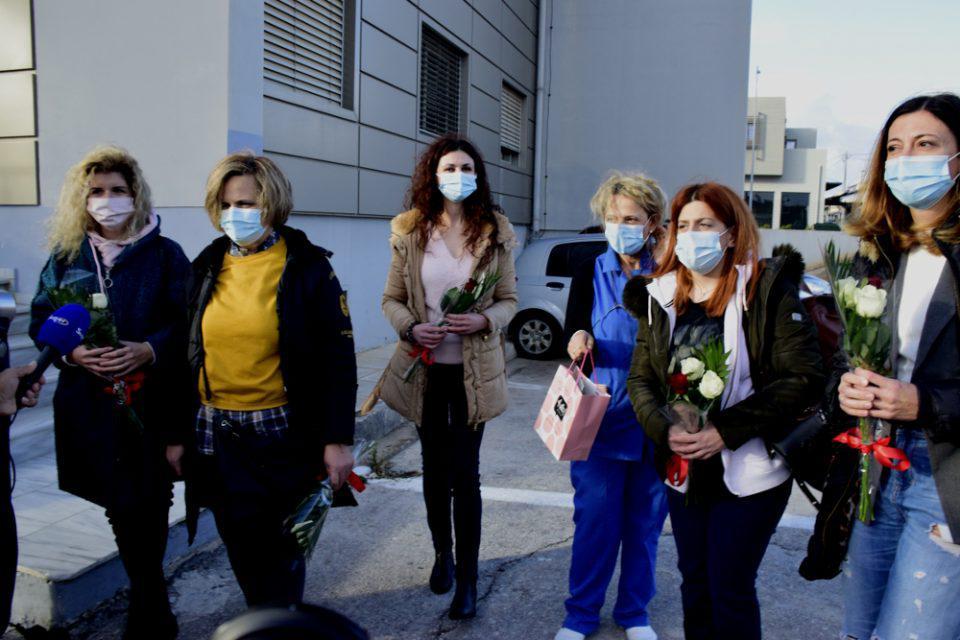 Κορωνοϊός: Νοσηλεύτριες από όλη την χώρα «μπαίνουν στην μάχη» για την Θεσσαλονίκη