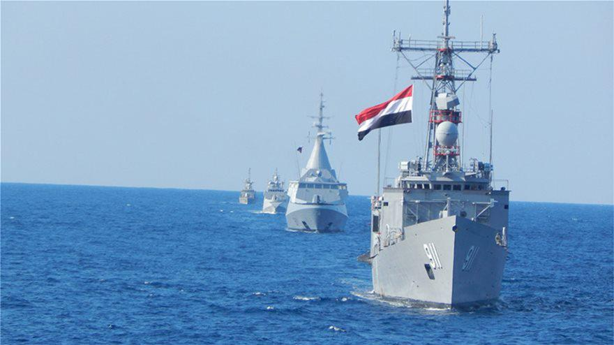 Εντυπωσιακές εικόνες από την ναυτική εκπαιδευτική άσκηση νότια της Καρπάθου Ελλάδας και Αιγύπτου
