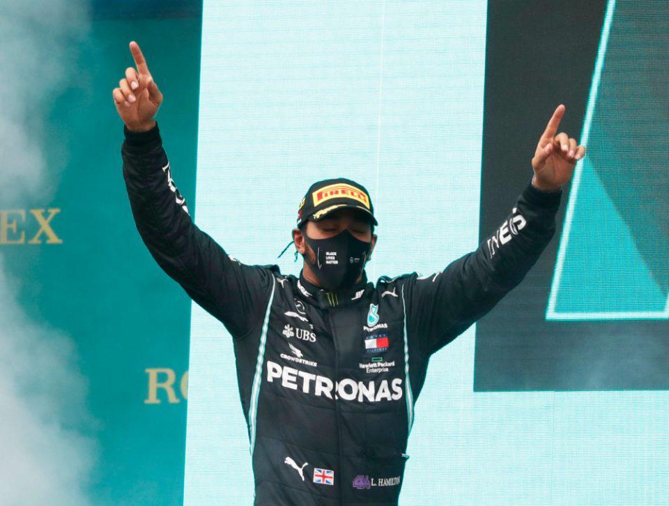 Formula 1: Γράφει ιστορία Χάμιλτον - Ισοφάρισε τους 7 τίτλους του Σουμάχερ