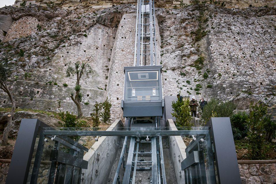 Ανελκυστήρας ΑμεΑ στην Ακρόπολη: Ο σεβασμός στον συνάνθρωπο δομικό στοιχείο του πολιτισμού μας