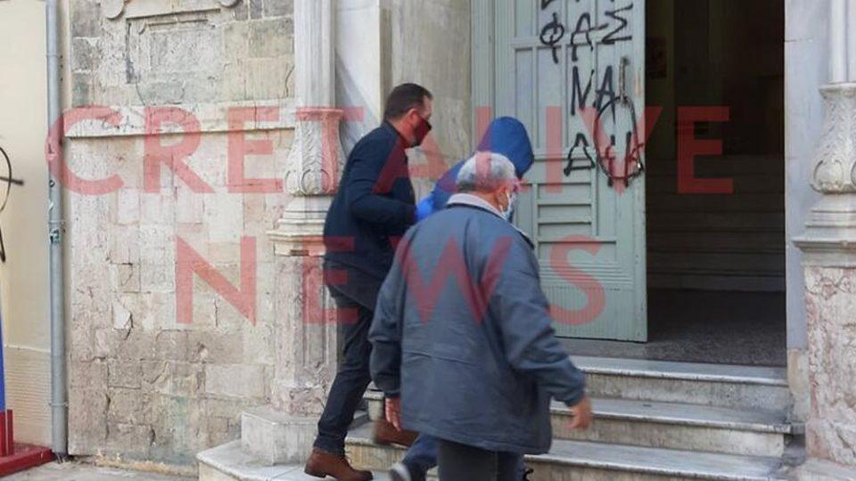 Τραγωδία στην Κρήτη: Για την μουσική στο λαπτοπ έγινε το φονικό από πατέρα και αδερφό
