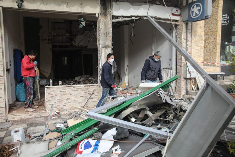 Θεσσαλονίκη: Ανατίναξαν ΑΤΜ και ισοπέδωσαν ολόκληρο το ισόγειο