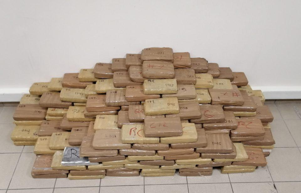 Θεσσαλονίκη: Χτύπημα της Δίωξης σε διεθνές κύκλωμα - Εντοπίστηκαν 320 κιλά κοκαΐνης