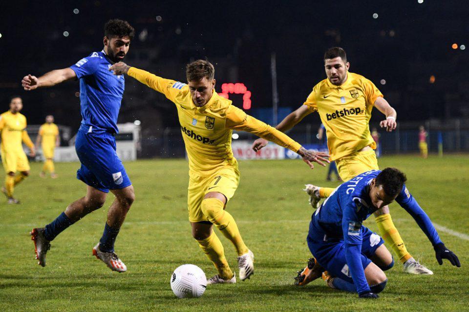 Super League 1: Ο Αραμπούλι χάρισε την πρώτη νίκη στη Λαμία, 2-0 τον Άρη