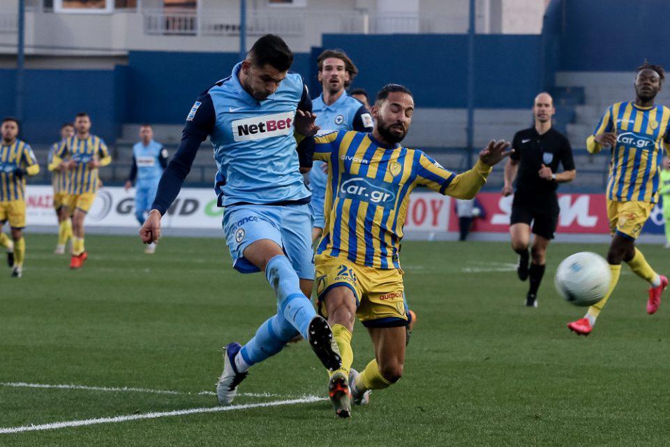 Super League 1: «Μοιρασιά» (1-1) στο Αγρίνιο, που δεν βόλεψε κανέναν
