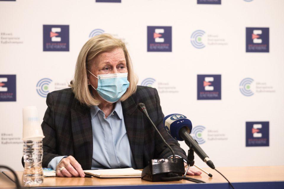 Εμβολιασμός - Θεοδωρίδου: Ένα περιστατικό θρόμβωσης σε 346.000 δόσεις της AstraZeneca στην Ελλάδα