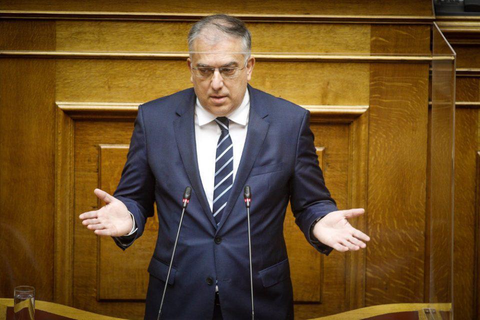 Θεοδωρικάκος: Προστατεύσαμε 1 εκατομμύριο εργαζόμενους – Διαθέσαμε 8 δισ. ευρώ