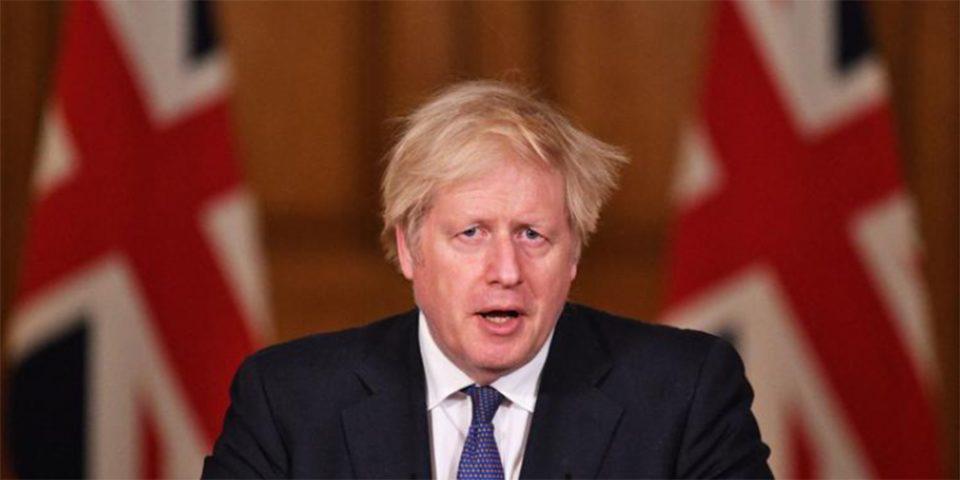 Τζόνσον: Πυρ ομαδόν κατά του Βρετανού πρωθυπουργού για τα «χιλιάδες πτώματα»