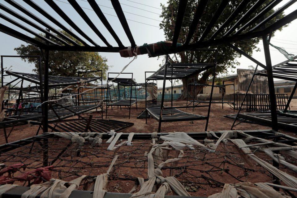 Νιγηρία: Ένοπλοι απήγαγαν 317 μαθήτριες από σχολείο