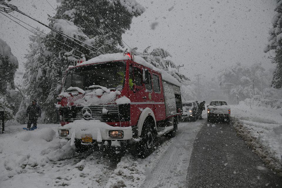 Κακοκαιρία «Μήδεια»: Άνοιξε η Εθνική, τι γίνεται με τα μέσα μεταφοράς, μάχη για αποκατάσταση της ηλεκτροδότησης