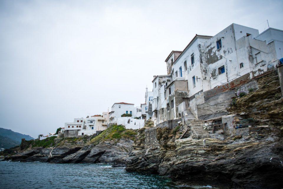 Ο Guardian «ψηφίζει» Ελλάδα: Αυτό είναι το τοπ 10 των ελληνικών προορισμών για το καλοκαίρι