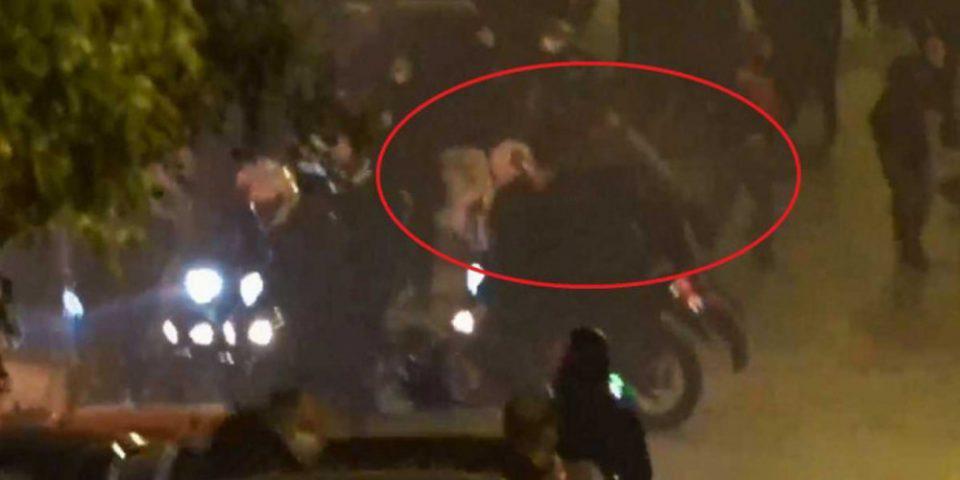 Νέα Σμύρνη - Βίντεο ντοκουμέντο: Η στιγμή που οι αστυνομικοί αντιλαμβάνονται την πτώση του συναδέλφου τους