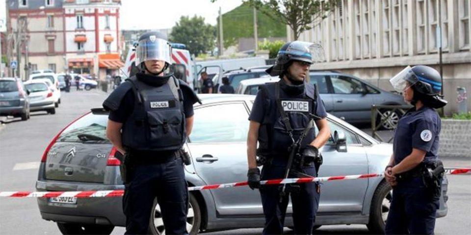 Γαλλία: Θύμα επίθεσης με μαχαίρι ο σκηνοθέτης Αλέν Φρανσόν - Σε εξέλιξη έρευνες