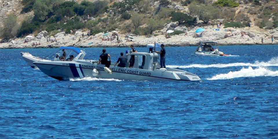 Φολέγανδρος: Βρέθηκε νεκρή γυναίκα να επιπλέει στη θάλασσα
