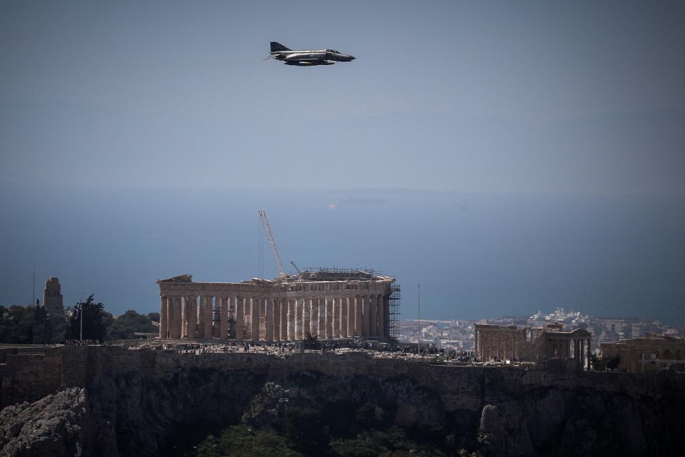 Διελεύσεις αεροσκαφών της Πολεμικής Αεροπορίας στην Αττική σήμερα στις 13:15