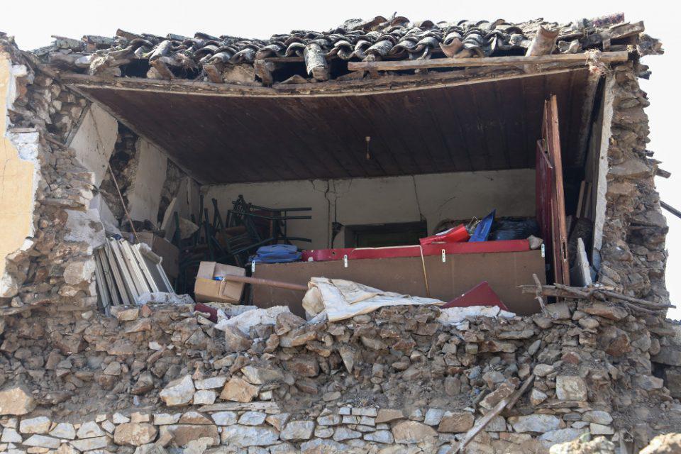 Σεισμός στην Ελασσόνα: 520 σπίτια κρίθηκαν μη κατοικήσιμα