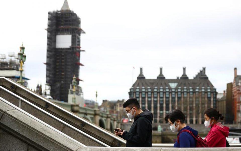 Κορονοϊός: Ανησυχία στη Βρετανία για το παραλλαγμένο στέλεχος Δέλτα