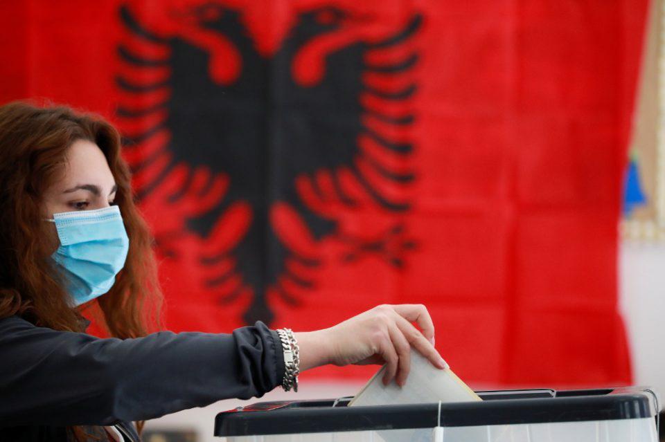 Αλβανία: Σε εξέλιξη η καταμέτρηση ψήφων - Προβάδισμα για τον Ράμα