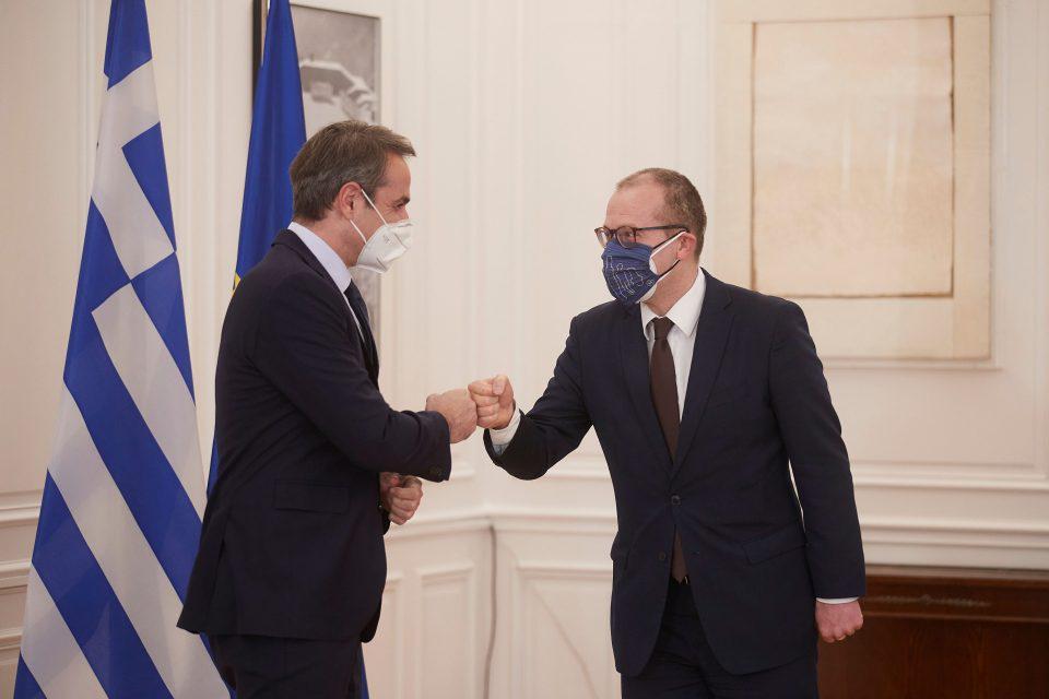 Μητσοτάκης-Κλούγκε: Το νέο γραφείο του ΠΟΥ θα αναδείξει την Ελλάδα ως διαμορφωτή πολιτικών υγείας
