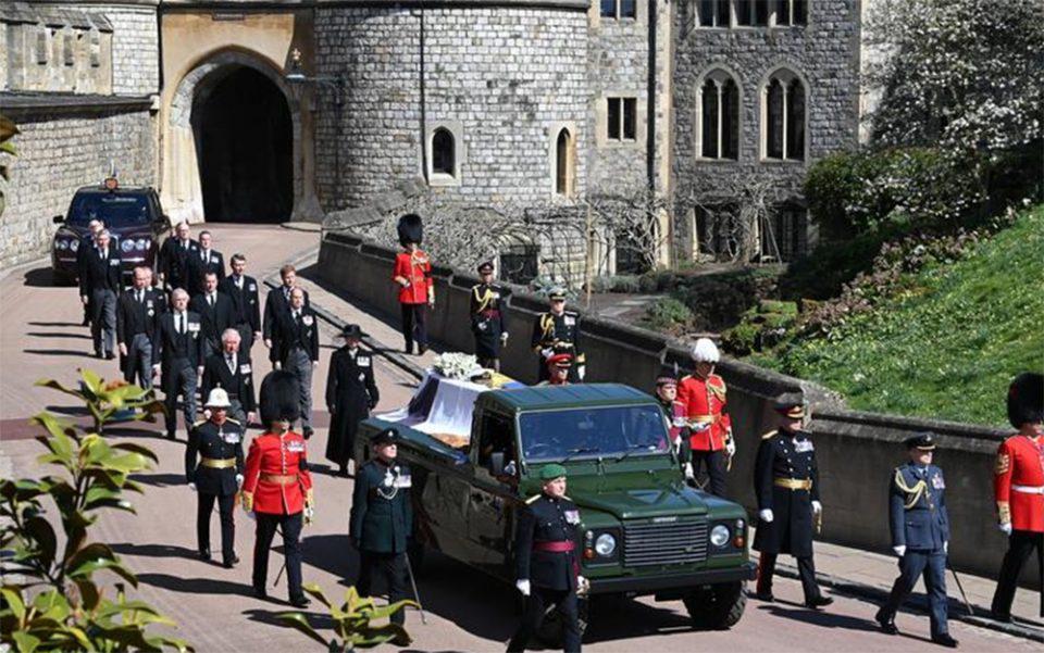 Η Βρετανία αποχαιρέτησε τον Πρίγκιπα Φίλιππο - Συγκίνηση στην κηδεία