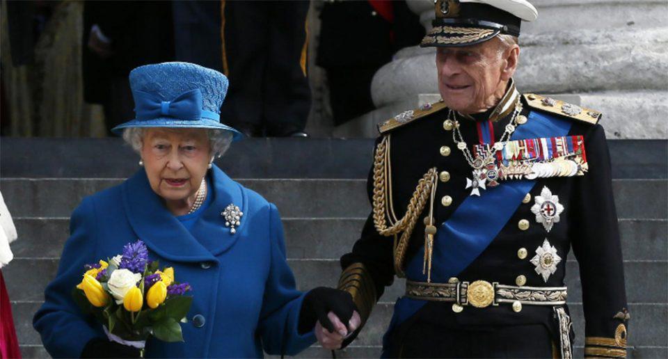 Πρίγκιπας Φίλιππος: Κανονιοβολισμοί και ενός λεπτού σιγή στη μνήμη του