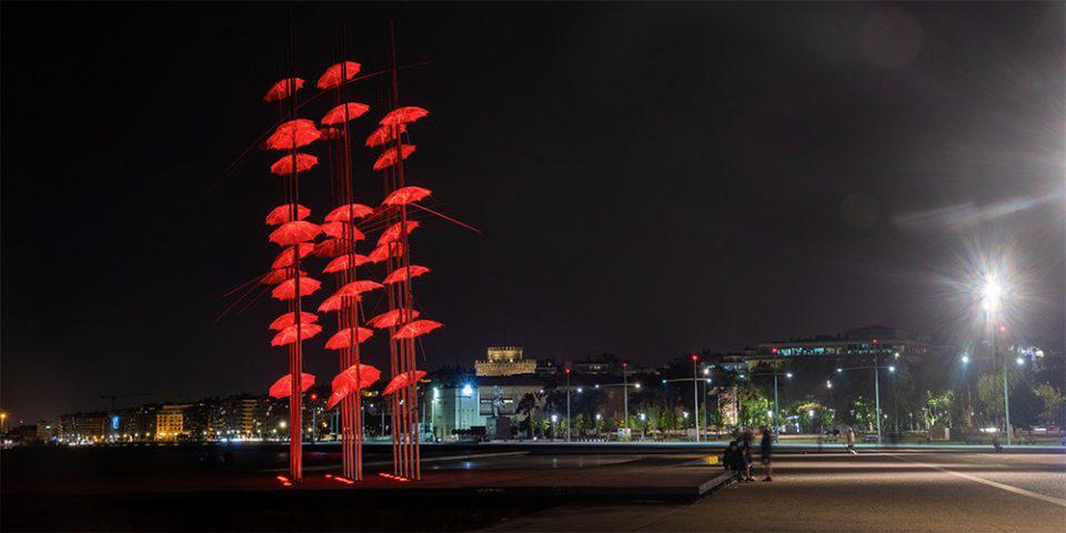 Θεσσαλονίκη: Στα χρώματα του Πάσχα οι «Ομπρέλες» του Ζογγολόπουλου