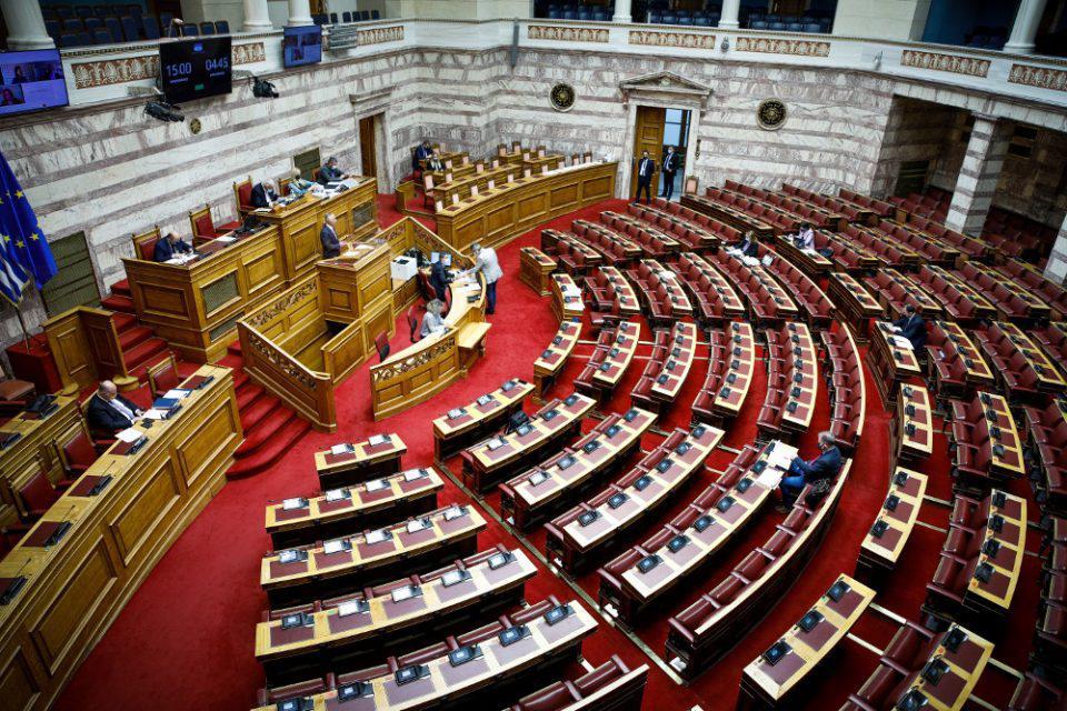 Βουλή: Στις 7 Οκτωβρίου η κύρωση της ελληνογαλλικής συμφωνίας