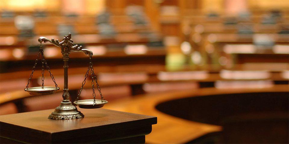 Βόλος: «Έγινα κλέφτης γιατί ήθελα να αγοράσω πάνες για το μωρό μου» – Η ομολογία του δράστη που… ξάφνιασε το δικαστήριο